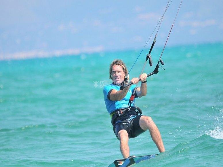 Todo lo necesario para kitesurf