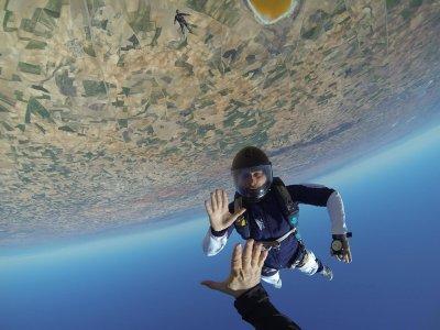 Pack salto en paracaídas NO tándem, en Lillo