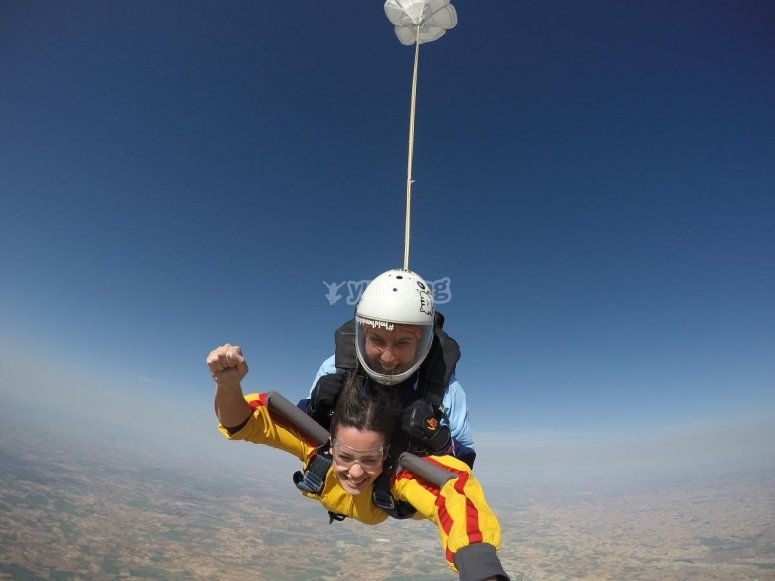 Skydiving course of 7 levels
