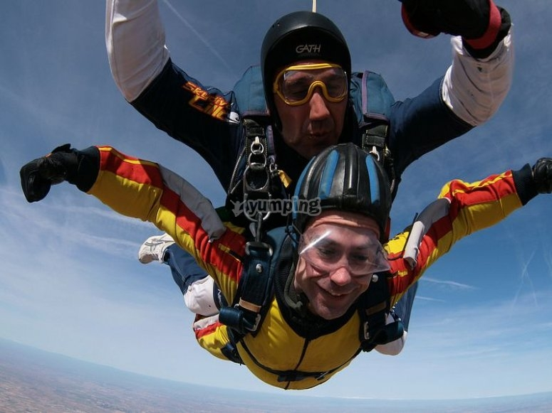 Full course of skydiving in Lillo