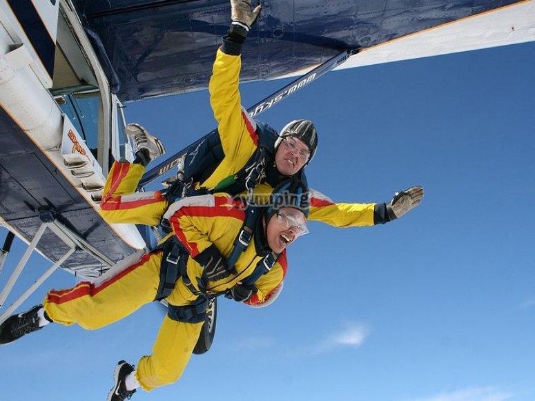 Es fundamental saber plegar el paracaídas