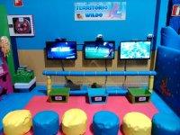 Sala de videojuegos en el parque infantil
