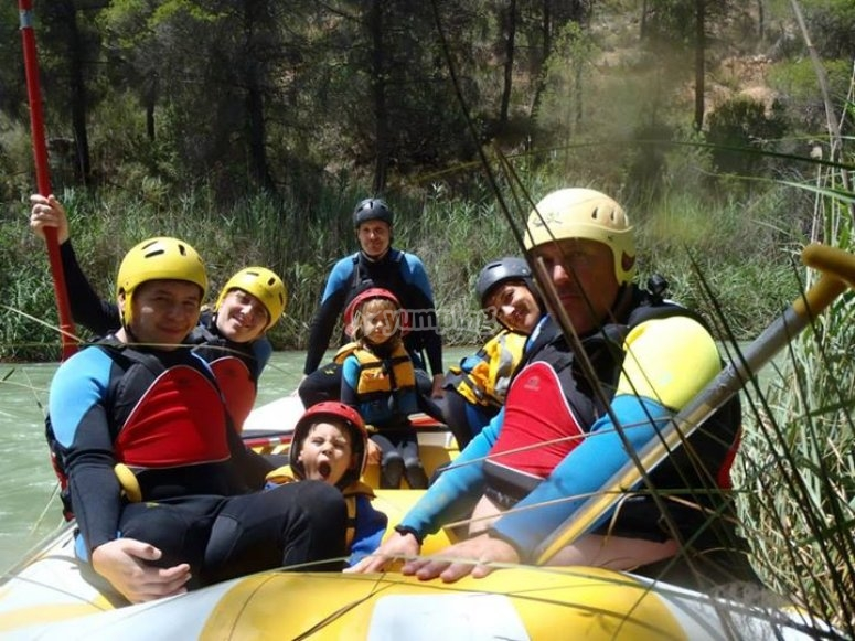 descenso rafting en familia