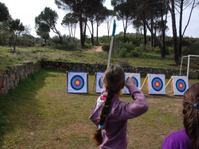 1h Archery with monitor