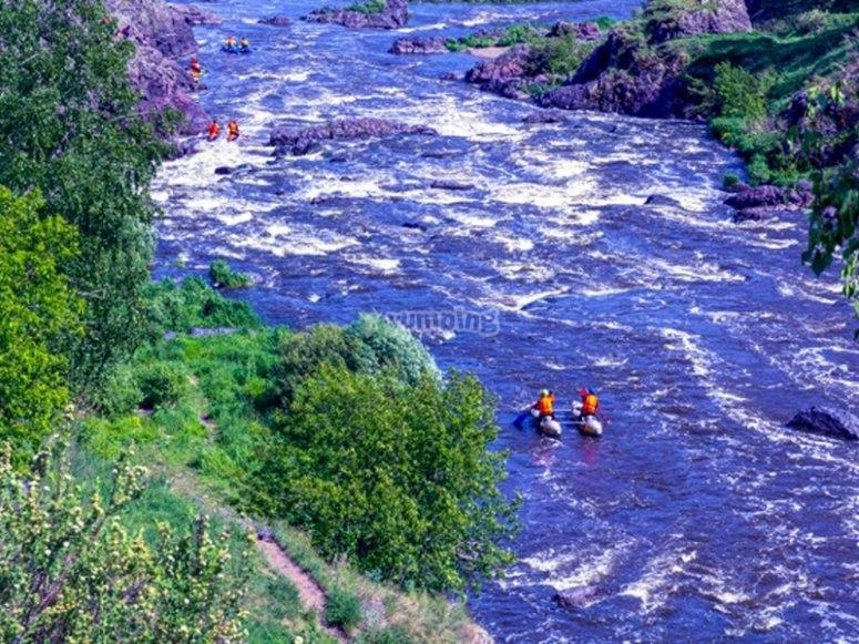 Ruta de kayak por rápidos