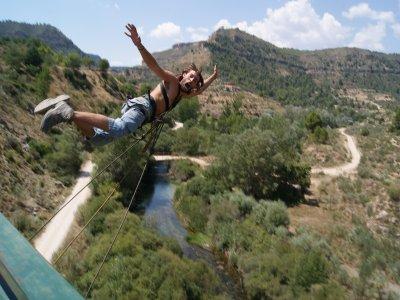 Oferta: dos saltos de puenting sobre el Cabriel