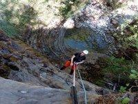 Descent of the ravine of Agiñiga