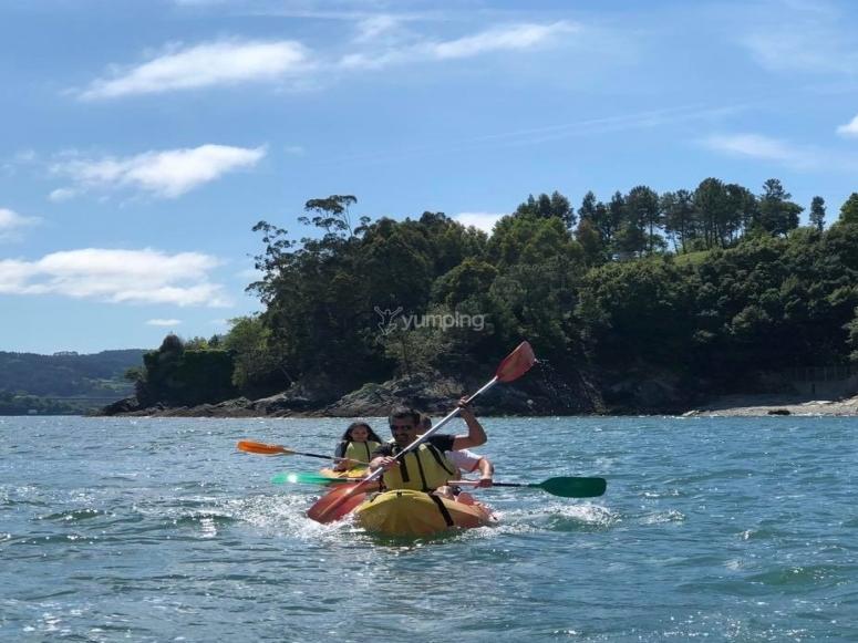 Salida en kayak con la familia