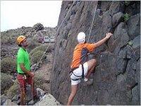 在兰萨罗特岛攀登