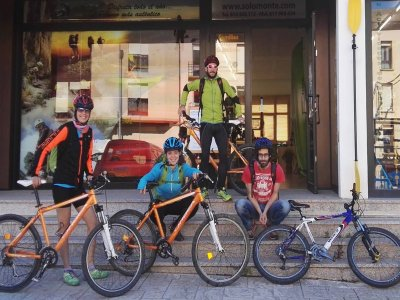 Percorso mountain bike a tempo pieno nei Pirenei