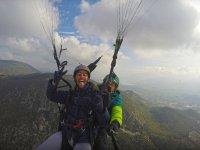 周围隆达马拉加滑翔伞
