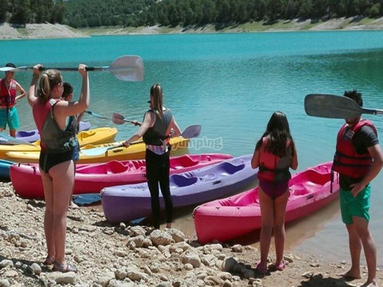 aprendiendo a montar en kayak