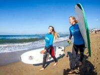 Con tavole da surf