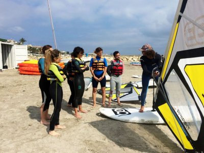 Be Watersports Windsurf