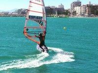 Allenamento con tavole da windsurf