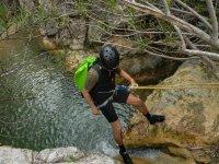 Evitando pisar el agua en Majales