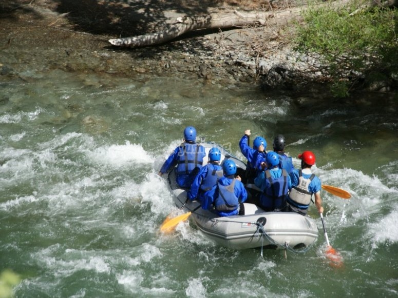 White water rafting descent and lunch