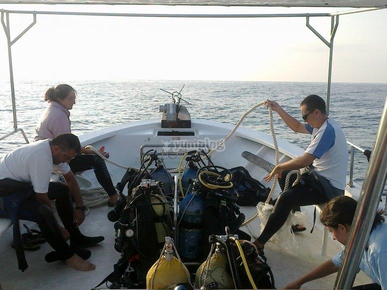 Salidas de buceo, en barco