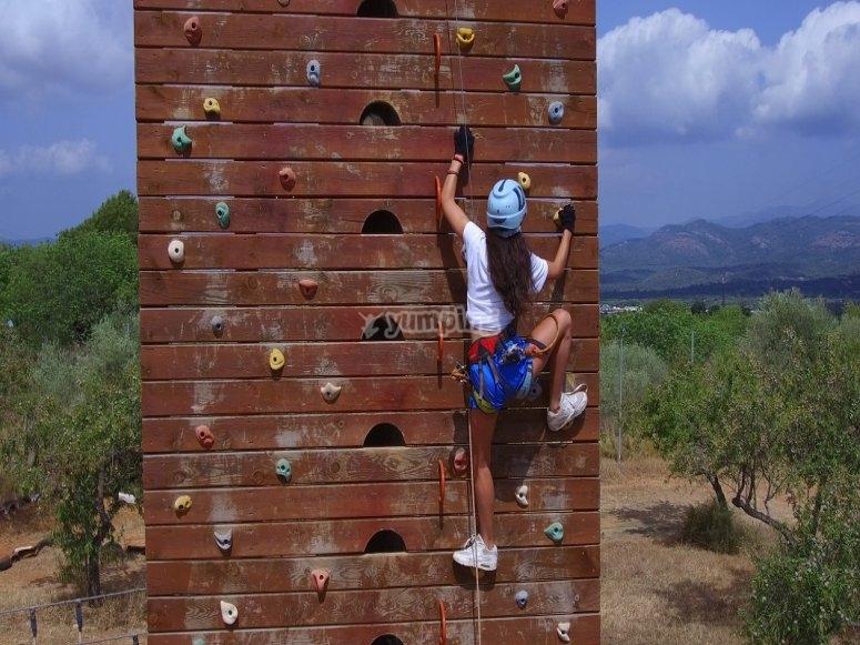 Rocodromo在多冒险营地中的活动