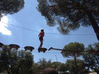 Circuito de aventura en el campamento de Boadilla