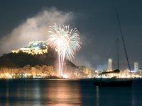 Fuegos artificiales en el puerto