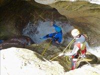 2015年标志安塔尔水岩之间滑