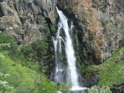 Hiking around Mazobre waterfall, 2 h and 30 min.