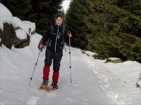 Learn to walk with snowshoes