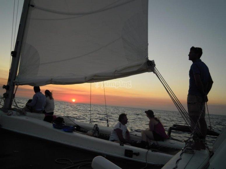 Paseo en nuestro catamarán por Menorca
