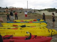 Kayaks en el campo