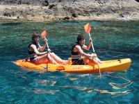 双人皮划艇