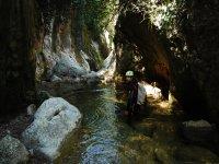 走在最美丽的峡谷