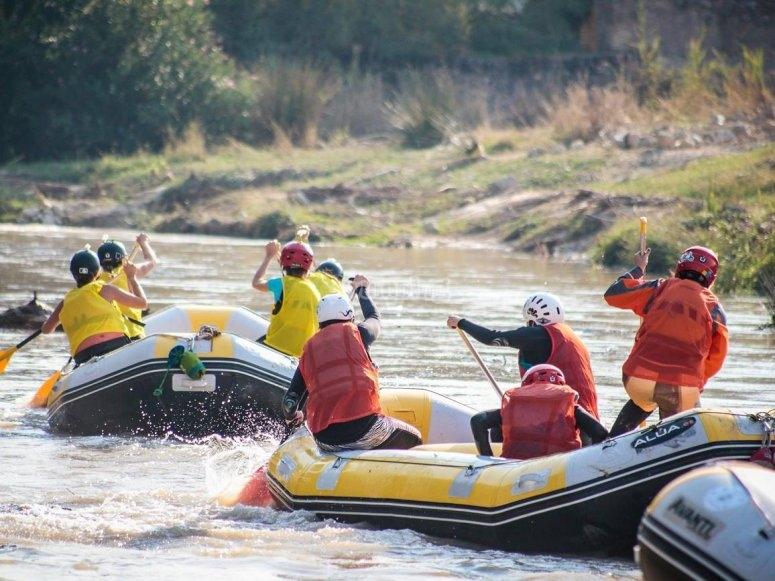 Impressionante sessione di rafting