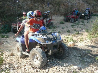 Quad and kayaking tour in Denia for couples