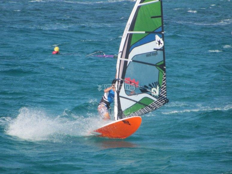 风帆冲浪训练