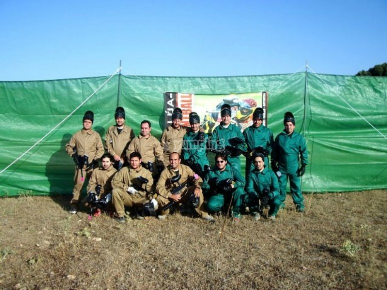 Outdoors paintball