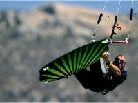 Salto de kitesurfing