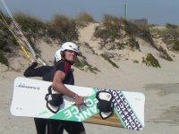以令人难以置信的飞跃材料技术指导风筝冲浪风筝学生
