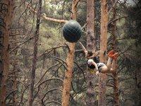 Lanzandose hasta la bola