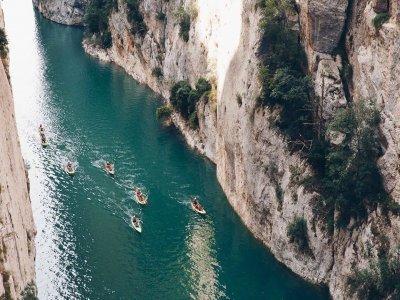 Alquiler kayak nivel medio-alto Mont-rebei 8 h