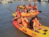 与家人一起皮划艇