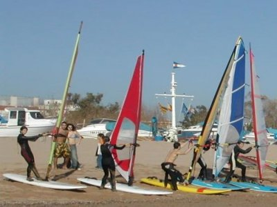Rent the windsurfing material in Calella, 2 h