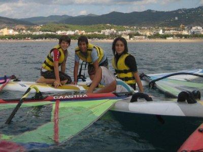 Alquiler de material de windsurf en Calella, 1h