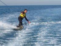 4 sesiones de esquí acuático en Calella