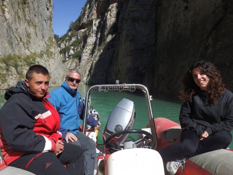 乘船穿越Montsec