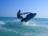 Saltando olas
