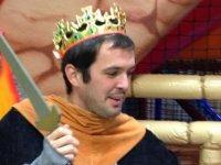 Rey con espada
