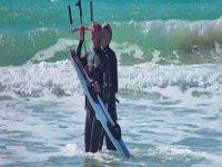 Quando c'è vento impariamo il kitesurf