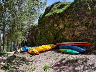 1-Day Canoeing for Adults in Hocés del Duratón