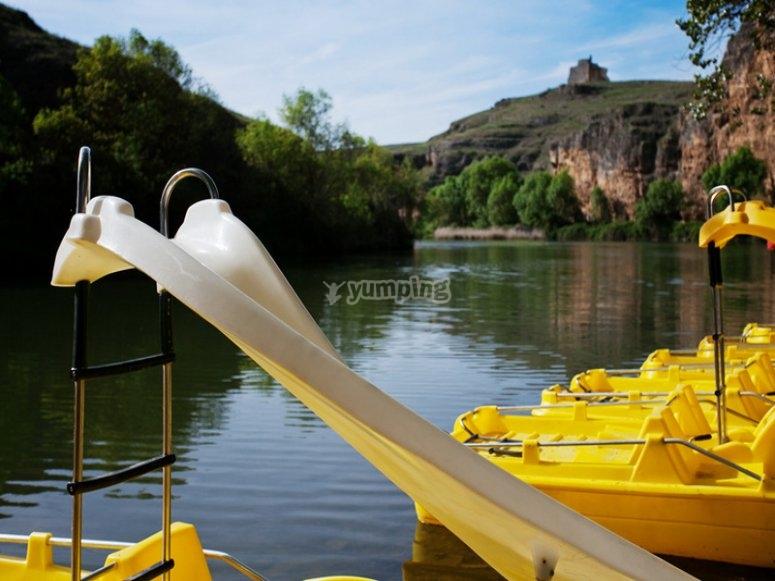 Navega en hidropedales en el río Duratón